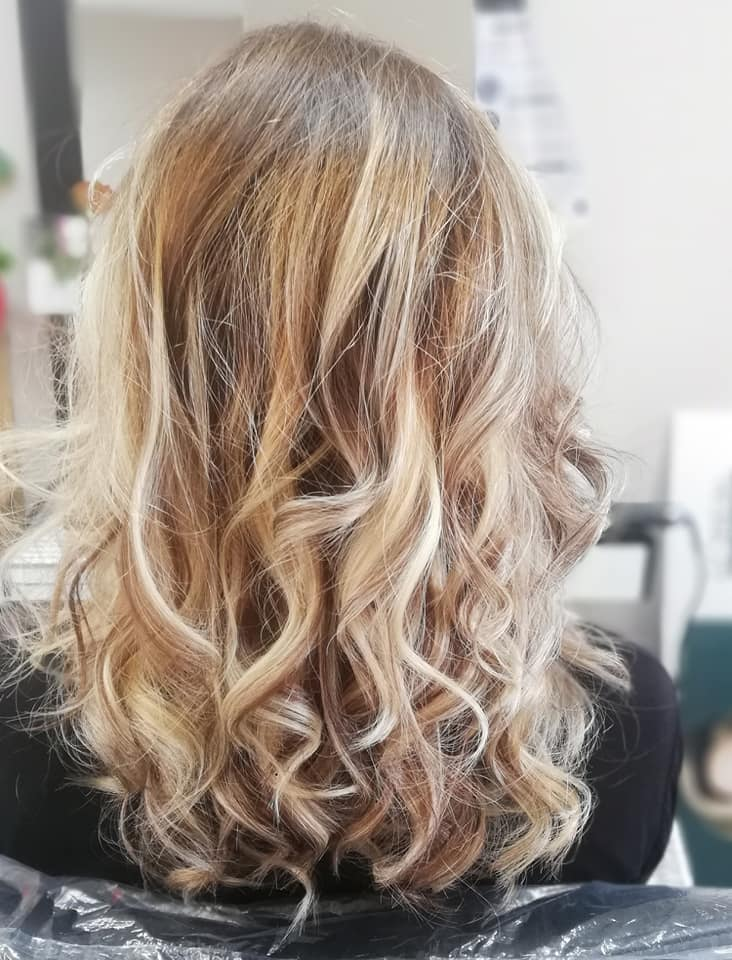 couleur ombre cheveux longs blond