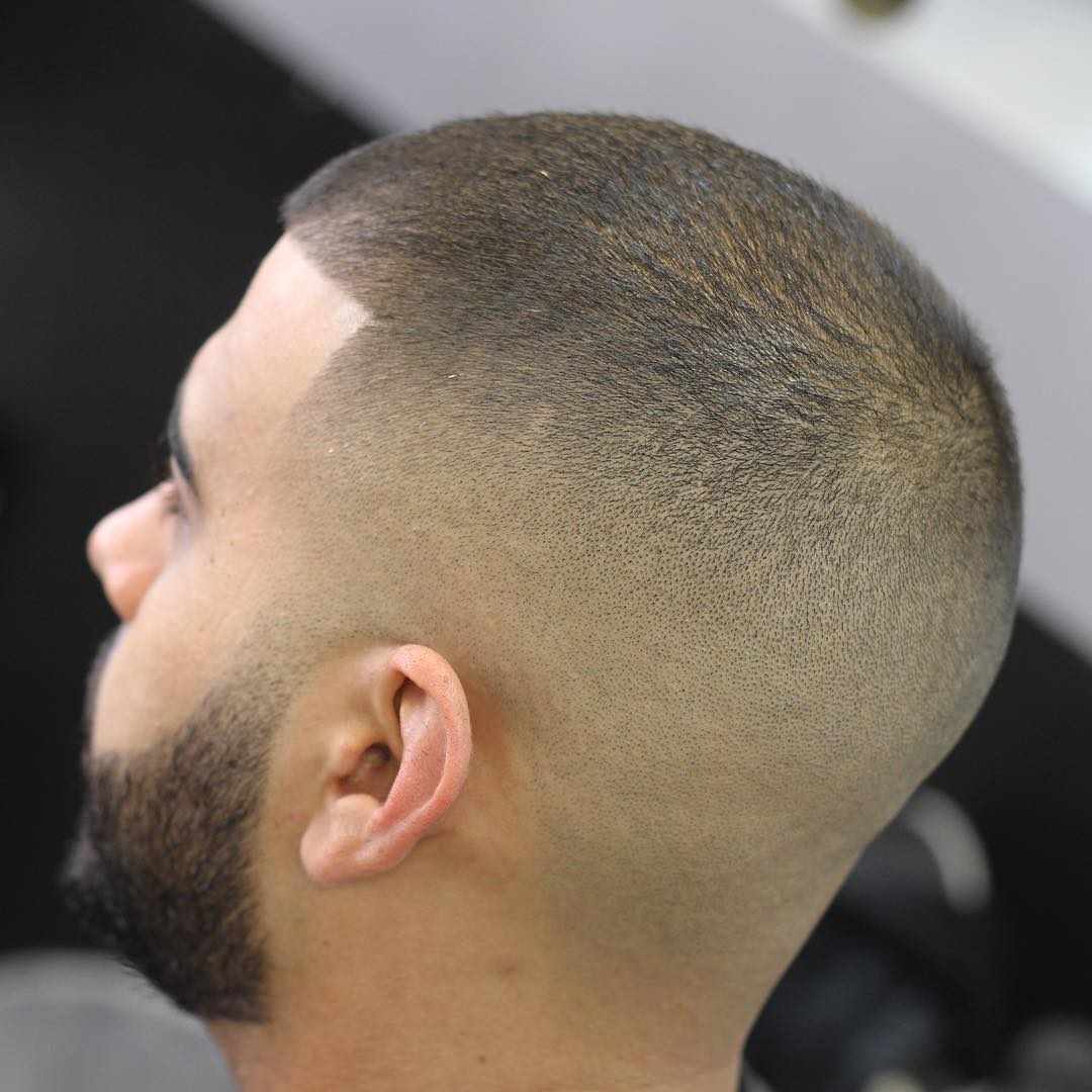 coiffure buzz cut homme